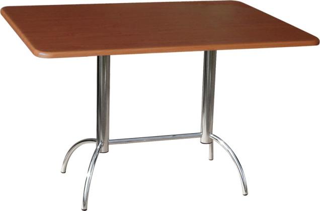 Стол со стульями для кафе